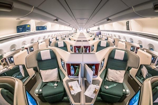 Những hạng vé được cung cấp bởi hãng hàng không Cathay Dragon